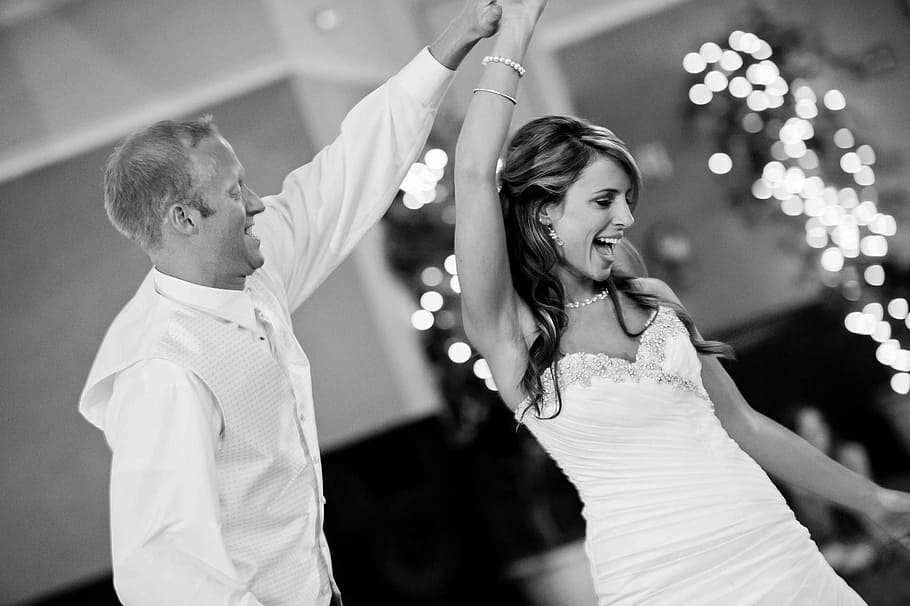 Esküvői táncórák a sziporkázó esküvői táncért